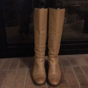 Matisse tall genuine leather boot-EUC